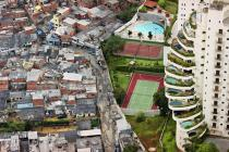 Sao Paulo, Favela de Paraisopolis, photo Tuca Vieira, courtesy Urban Age, London School of Economics, www.urban-age.net