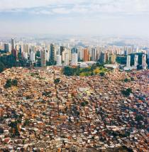 Sao Paulo, photo Nelson Kon, courtesy Urban Age, London School of Economics, www.urban-age.net