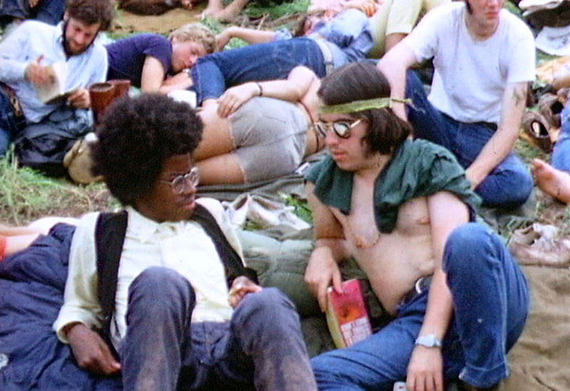Derek Redmond and Paul Campbell, Two hippies at the Woodstock Festival, 1969. commons.wikimedia.org/wiki/File:Woodstock_redmond_hair.JPG (CC BY-SA 3.0)